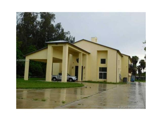 6401 Appaloosa Trl, Southwest Ranches, FL 33330 (MLS #A10288545) :: Christopher Tello PA