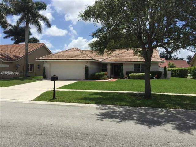 371 NW 162nd Ave, Pembroke Pines, FL 33028 (MLS #A10298769) :: Green Realty Properties
