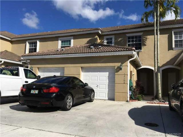 Pembroke Pines, FL 33025 :: The Chenore Real Estate Group