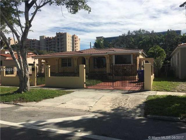 3131 SW 4th Ave, Miami, FL 33129 (MLS #A10301121) :: Nick Quay Real Estate Group
