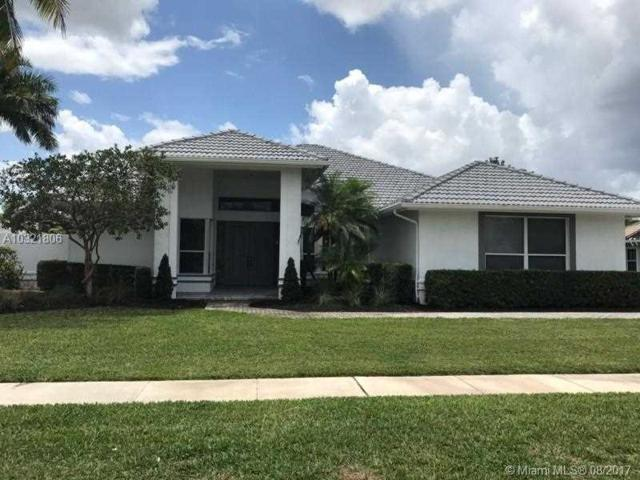 1993 S Club Dr, Wellington, FL 33414 (MLS #A10321806) :: Green Realty Properties