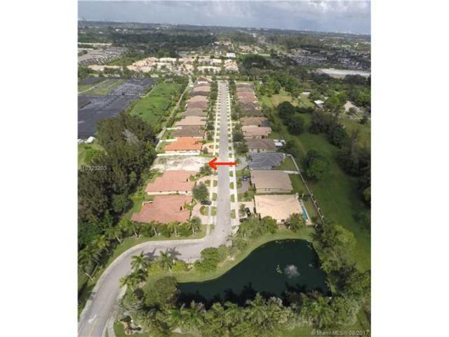 8379 SW 51st St, Davie, FL 33328 (MLS #A10323203) :: The Teri Arbogast Team at Keller Williams Partners SW