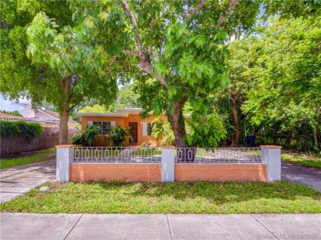 7854 SW 67th Ave, South Miami, FL 33143 (MLS #A10324098) :: The Riley Smith Group
