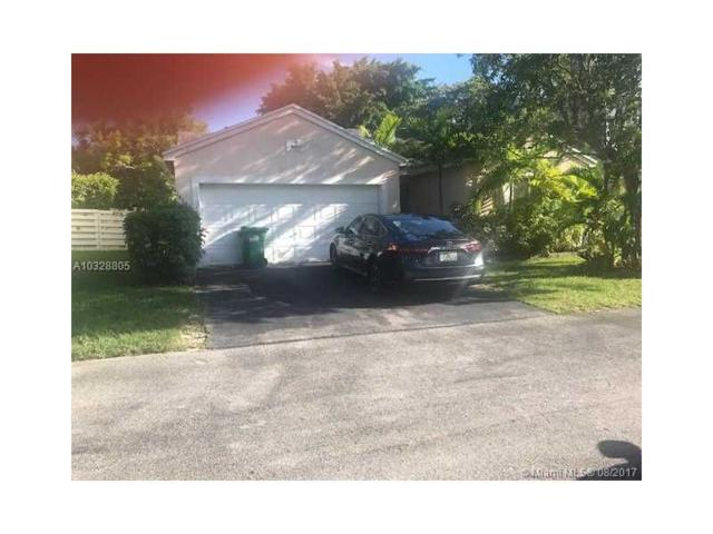 14653 SW 142nd Place Cir, Miami, FL 33186 (MLS #A10328805) :: RE/MAX Presidential Real Estate Group