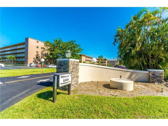 5200 Washington St #204, Hollywood, FL 33021 (MLS #A10329213) :: The Chenore Real Estate Group
