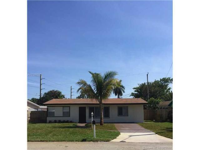 1464 NE 29th St, Pompano Beach, FL 33064 (MLS #A10329333) :: The Teri Arbogast Team at Keller Williams Partners SW