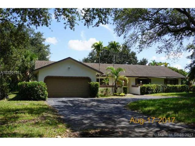 9061 N New River Canal Rd, Plantation, FL 33324 (MLS #A10330131) :: The Chenore Real Estate Group