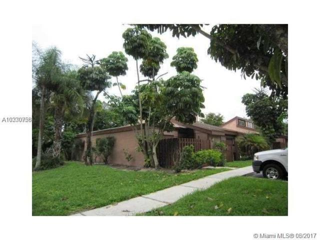 1721 NW 74th Ave #6, Plantation, FL 33313 (MLS #A10330756) :: The Chenore Real Estate Group