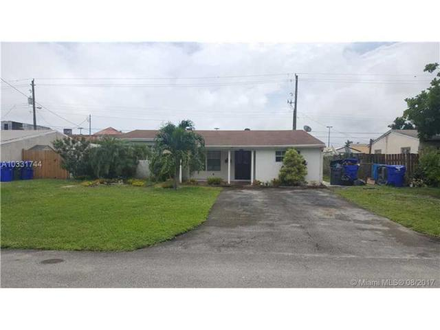 6770 Harding St, Hollywood, FL 33024 (MLS #A10331744) :: The Chenore Real Estate Group