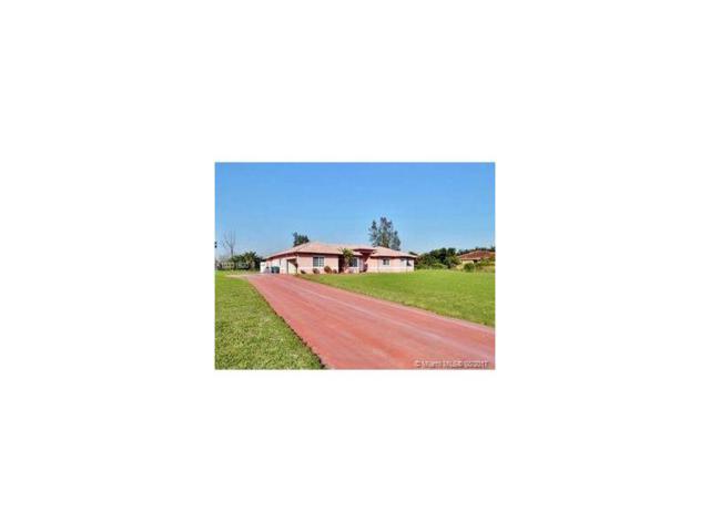 14501 SW 48 CT, Miramar, FL 33027 (MLS #A10331920) :: Green Realty Properties