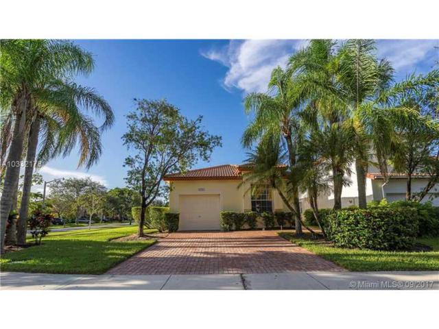 19281 NW 12th Ct, Pembroke Pines, FL 33029 (MLS #A10332178) :: Green Realty Properties