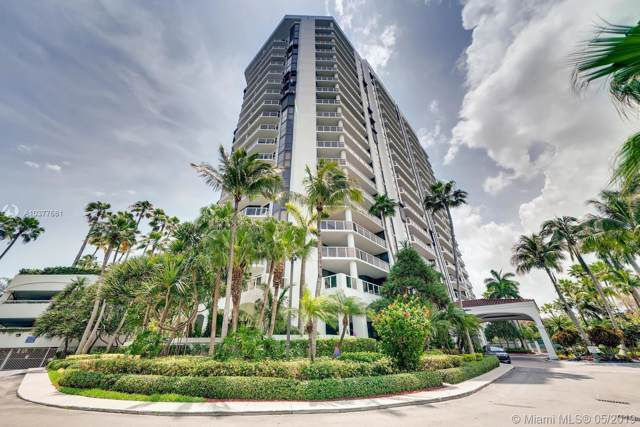 3600 Yacht Club Dr #902, Aventura, FL 33180 (MLS #A10377681) :: Ray De Leon with One Sotheby's International Realty