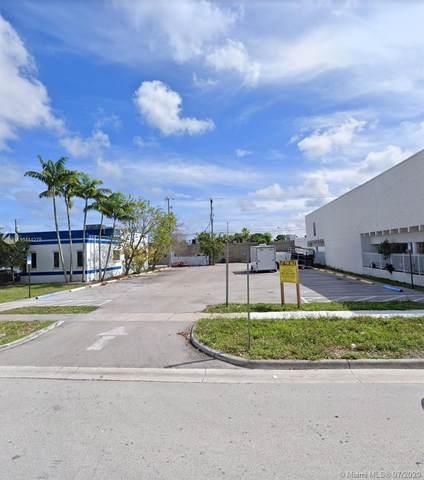 84 NE 168th St, North Miami Beach, FL 33162 (MLS #A10444278) :: Compass FL LLC