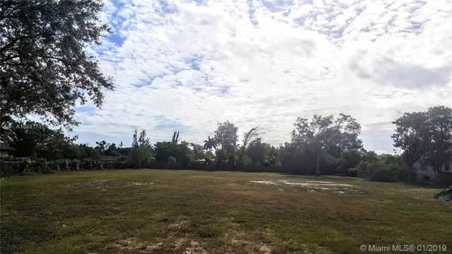 9800 SW 66th St, Miami, FL 33173 (MLS #A10481737) :: Grove Properties