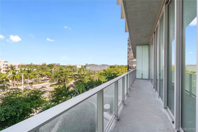 2669 S Bayshore Dr 504N, Miami, FL 33133 (MLS #A10525424) :: Berkshire Hathaway HomeServices EWM Realty