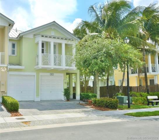 7407 NW 107th Pl, Doral, FL 33178 (MLS #A10661839) :: Berkshire Hathaway HomeServices EWM Realty
