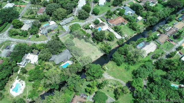 146XX N Spur Dr, Miami, FL 33161 (MLS #A10675956) :: Grove Properties