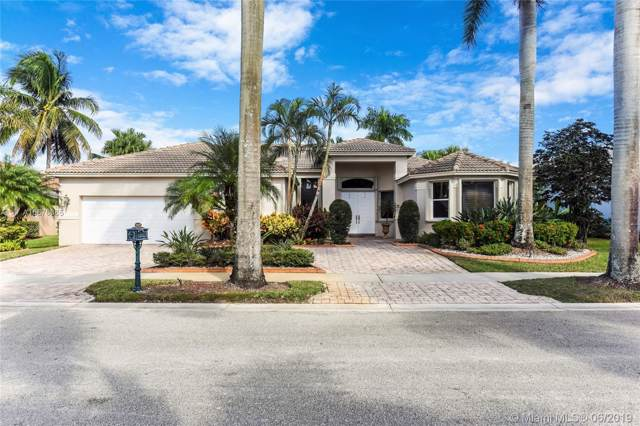 2460 Eagle Run Way, Weston, FL 33327 (MLS #A10676365) :: Green Realty Properties