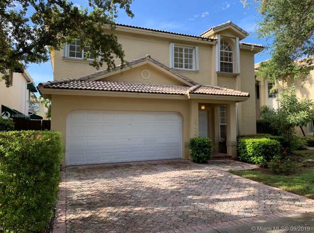 10776 NW 70th Ter, Doral, FL 33178 (MLS #A10708453) :: Berkshire Hathaway HomeServices EWM Realty