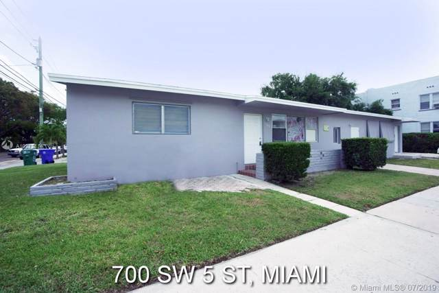 700 SW 5th St, Miami, FL 33130 (MLS #A10711114) :: Green Realty Properties