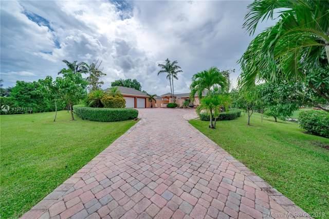 5951 SW 185th Way, Southwest Ranches, FL 33332 (MLS #A10721123) :: Berkshire Hathaway HomeServices EWM Realty