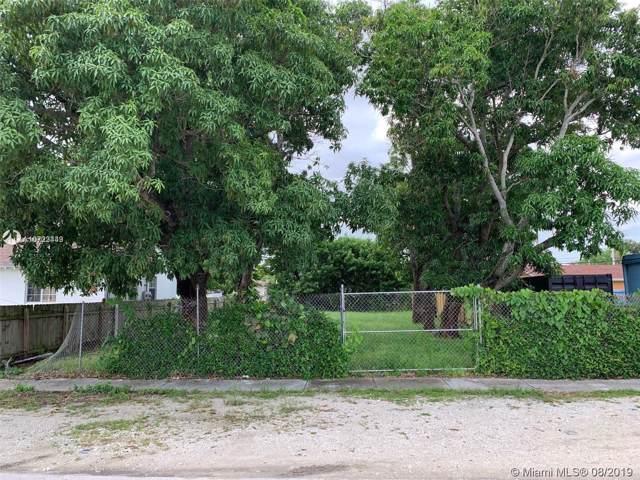 1221 NW 45th St, Miami, FL 33142 (MLS #A10723449) :: Grove Properties