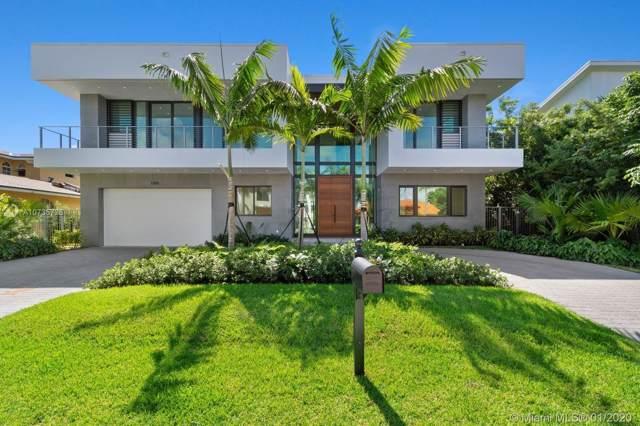 3300 NE 165th St, North Miami Beach, FL 33160 (MLS #A10735726) :: Berkshire Hathaway HomeServices EWM Realty