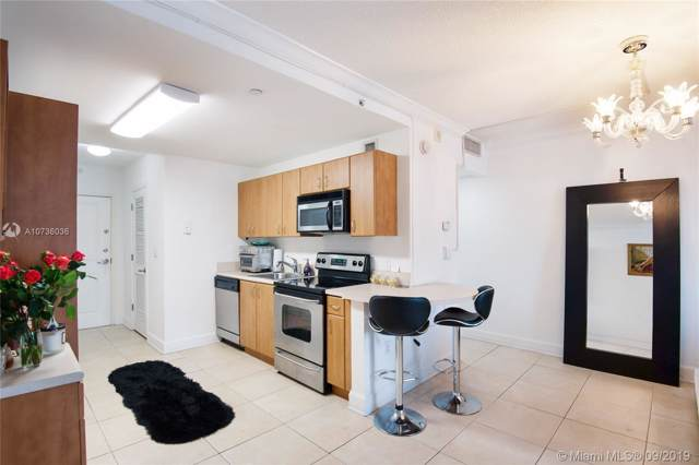 401 69th St #302, Miami Beach, FL 33141 (MLS #A10736036) :: Green Realty Properties