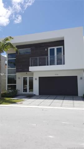 9740 NW 74th Ter, Doral, FL 33178 (MLS #A10736873) :: Grove Properties