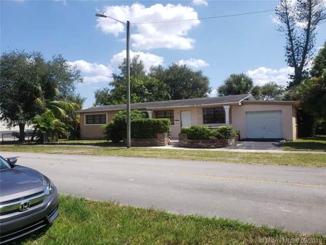 490 NE 168th Ter, North Miami Beach, FL 33162 (MLS #A10740873) :: The Riley Smith Group