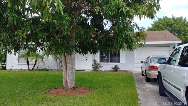 1755 SE Lullaby Ter, Port Saint Lucie, FL 34952 (MLS #A10740892) :: Albert Garcia Team