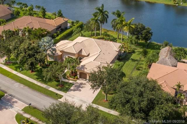 13831 SW 40th St, Davie, FL 33330 (MLS #A10741213) :: Grove Properties