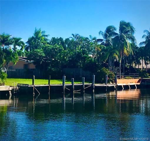 606 Hibiscus Dr, Hallandale, FL 33009 (MLS #A10743908) :: Albert Garcia Team