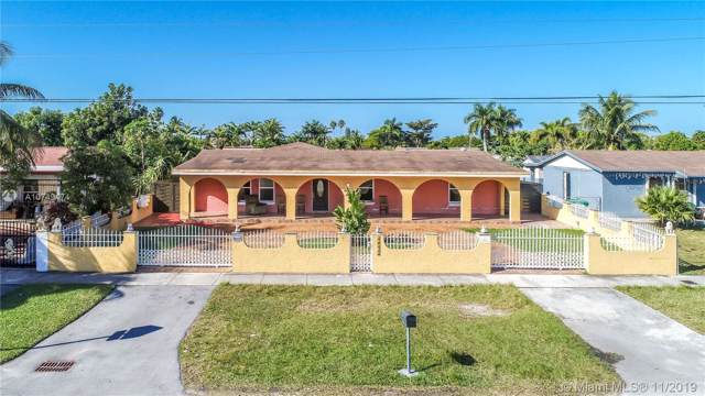 30520 SW 157th Ave, Homestead, FL 33033 (MLS #A10749474) :: Berkshire Hathaway HomeServices EWM Realty