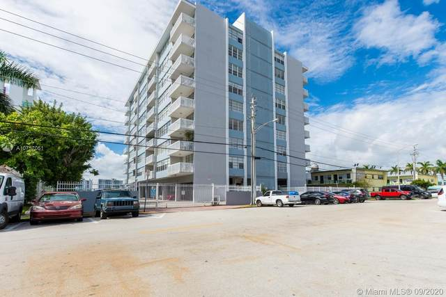 2016 Bay Dr #402, Miami Beach, FL 33141 (MLS #A10757051) :: The Pearl Realty Group