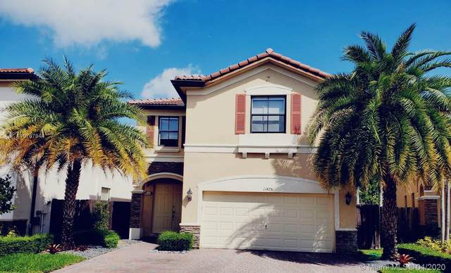 11425 NW 88th Ln, Doral, FL 33178 (MLS #A10767944) :: The Riley Smith Group