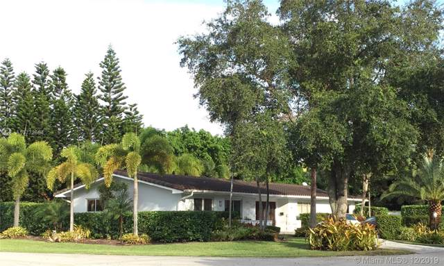 11445 N Bayshore Dr, North Miami, FL 33181 (MLS #A10772554) :: Albert Garcia Team