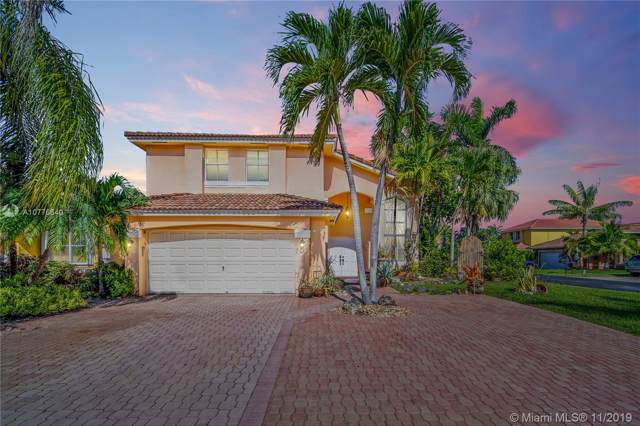 16335 SW 95 Lane, Miami, FL 33196 (MLS #A10776640) :: The Howland Group