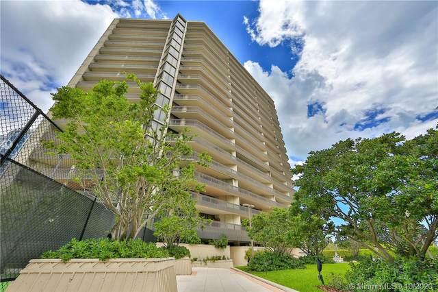 2901 S Bayshore Dr 3E, Miami, FL 33133 (MLS #A10788550) :: Carole Smith Real Estate Team