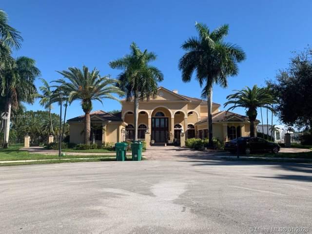 12701 Kapok Ln, Davie, FL 33330 (MLS #A10789434) :: Berkshire Hathaway HomeServices EWM Realty