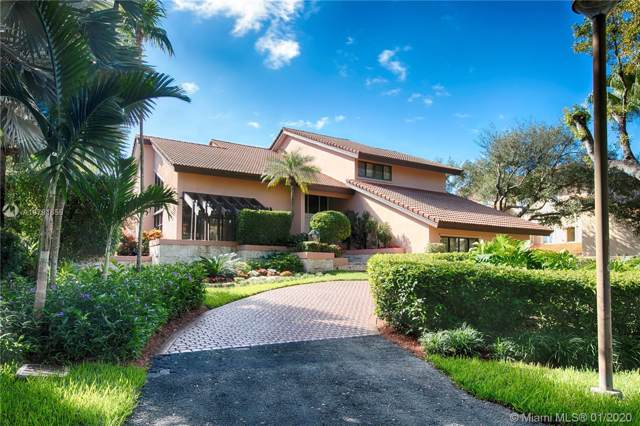 360 Costanera Rd, Coral Gables, FL 33143 (MLS #A10791659) :: The Riley Smith Group