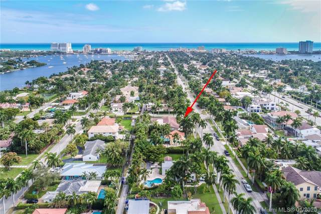 1101 Tyler St, Hollywood, FL 33019 (MLS #A10801697) :: Green Realty Properties