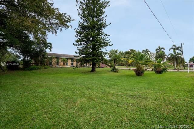10991 SW 51st St, Davie, FL 33328 (MLS #A10808581) :: Castelli Real Estate Services