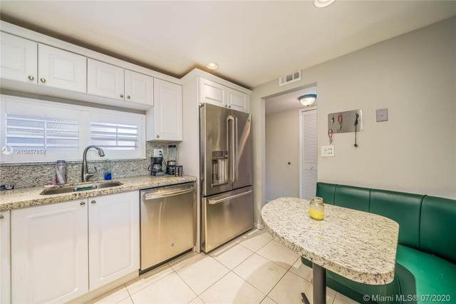 100 Ocean Lane Dr #401, Key Biscayne, FL 33149 (MLS #A10857859) :: The Pearl Realty Group