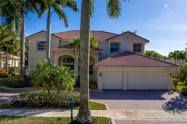 1624 Victoria Pointe Cir, Weston, FL 33327 (MLS #A10859157) :: ONE | Sotheby's International Realty