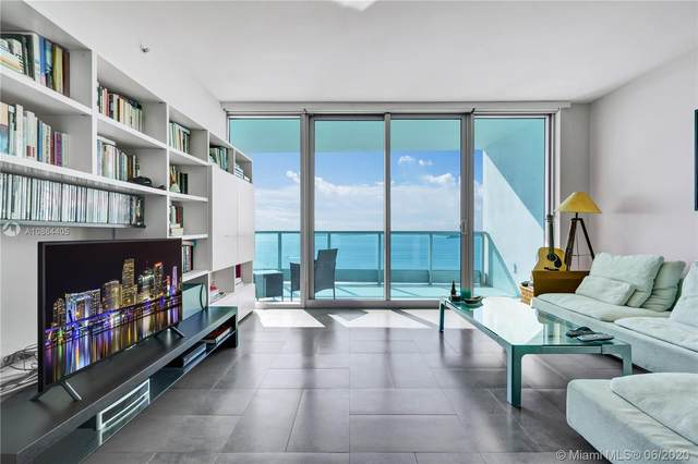 1331 Brickell Bay Dr #1607, Miami, FL 33131 (MLS #A10864405) :: The Pearl Realty Group