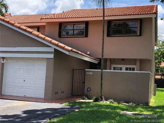 8811 SW 113 PL CIR W, Miami, FL 33176 (MLS #A10865731) :: Green Realty Properties