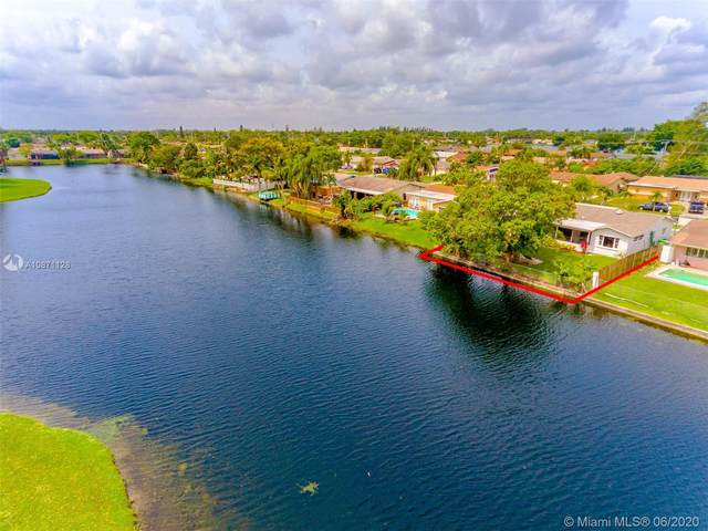 2580 NW 105th Ln, Sunrise, FL 33322 (MLS #A10871128) :: THE BANNON GROUP at RE/MAX CONSULTANTS REALTY I
