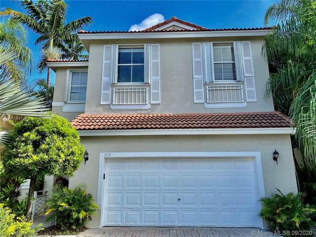 1115 Lemonwood St, Hollywood, FL 33019 (MLS #A10872221) :: ONE   Sotheby's International Realty
