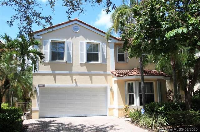 1820 Sweetbay Way, Hollywood, FL 33019 (MLS #A10878051) :: Albert Garcia Team